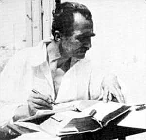 Nikos Kazantzakis at work